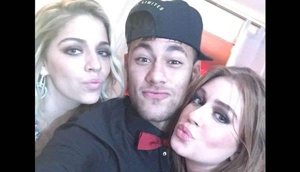 neymar con garotinhas