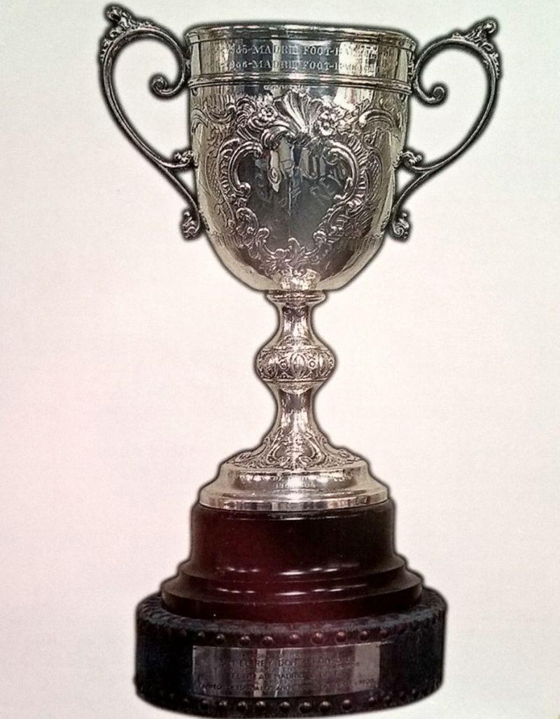 1907 Copa en propiedad