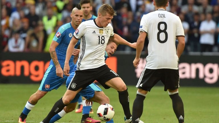 kroos germany slovaquia
