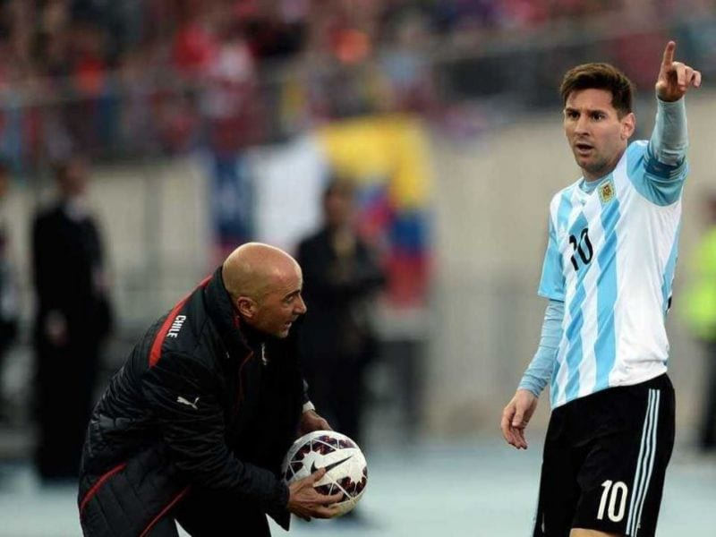 Jorge Sampaoli y Leo Messi (Foto Taringa)