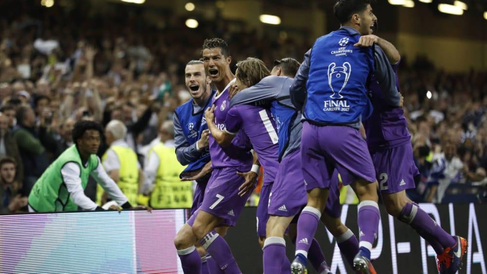 El Real Madrid celebrando el gol de Cristiano en la final de Champions