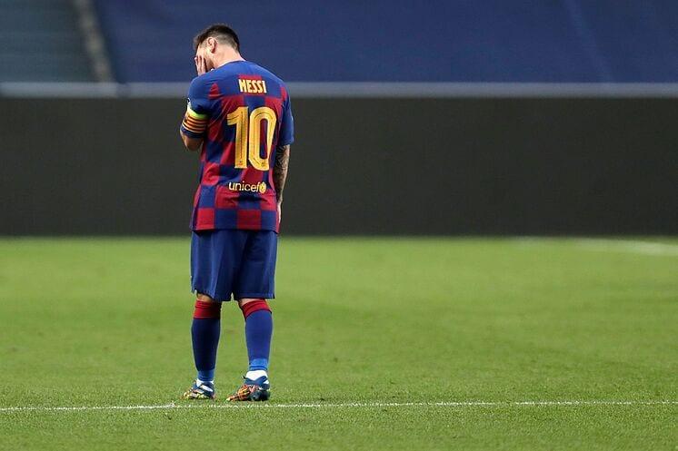 Messi se lamenta.