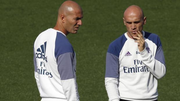 Zidane y Bettoni.