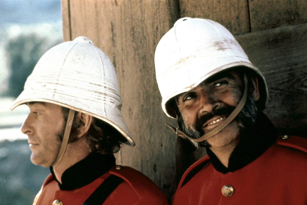 Michael Caine y Sean Connery en El hombre que pudo reinar.