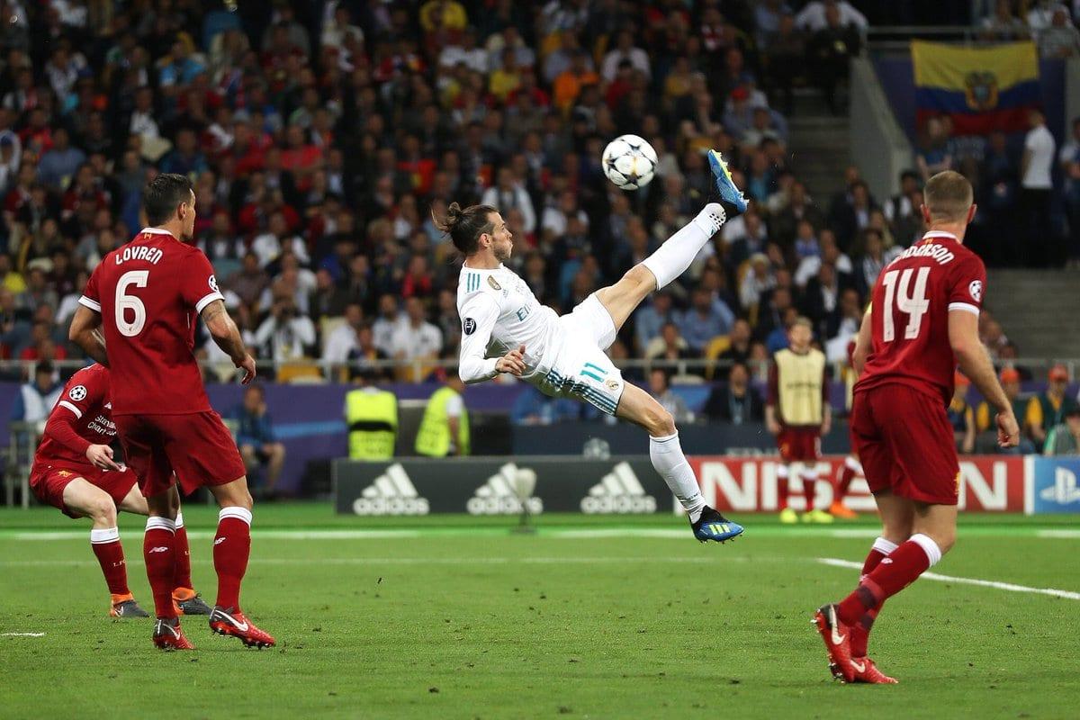 Chilena de Bale en Kiev.