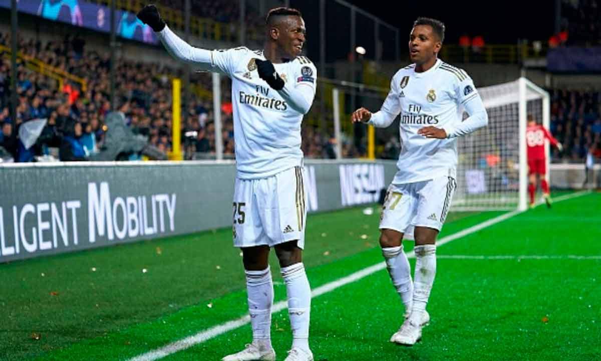 Vinicius celebrando gol