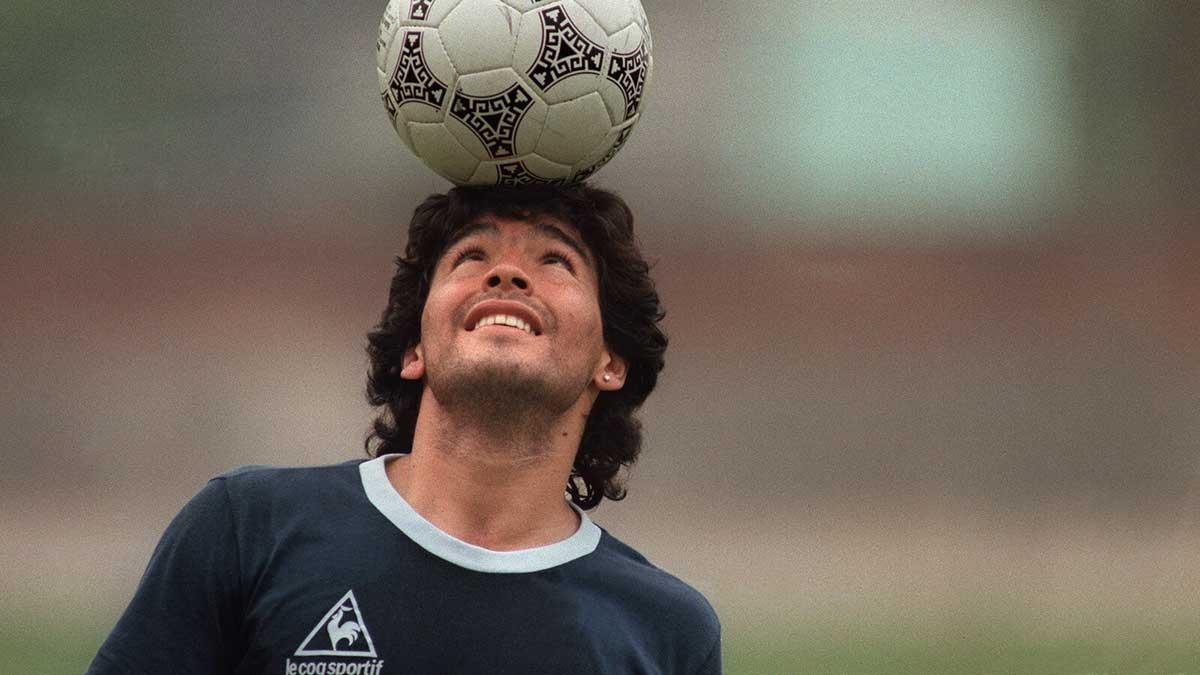 Maradona malabarismo balón