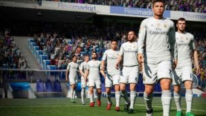 Real Madrid, una Play Station con el FIFA obsoleto