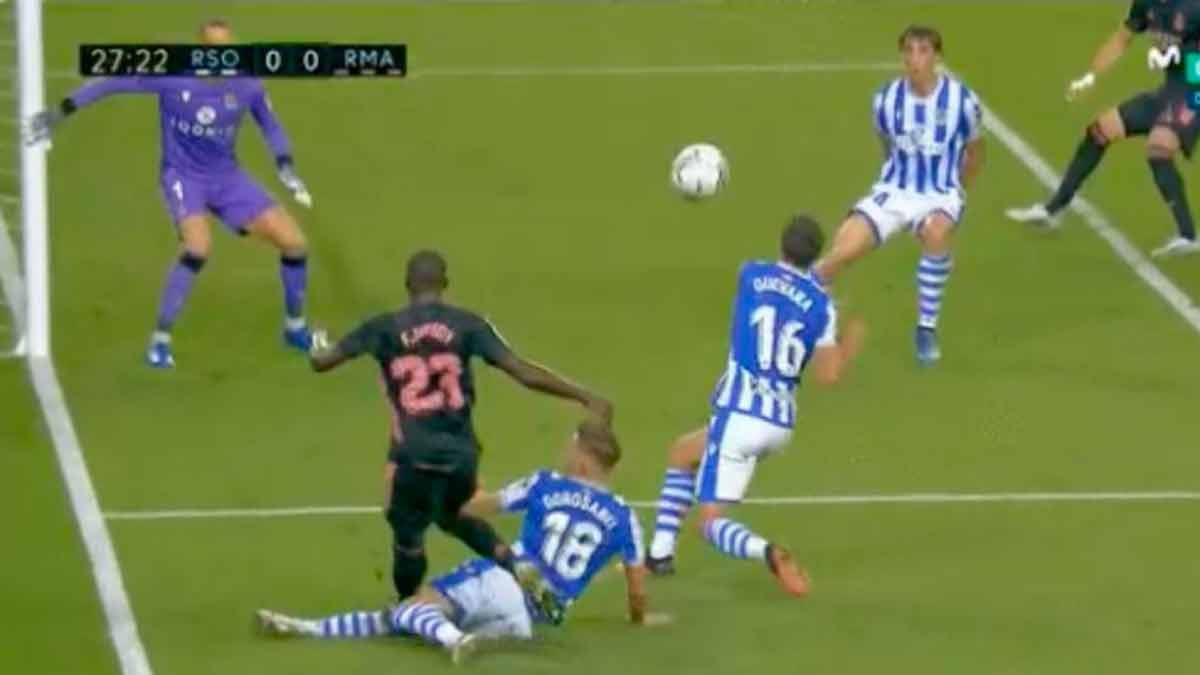 Penalti Mendy