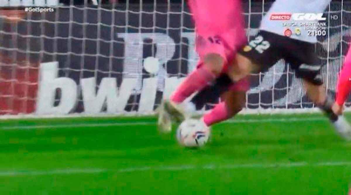 Penalti Marcelo en Valencia