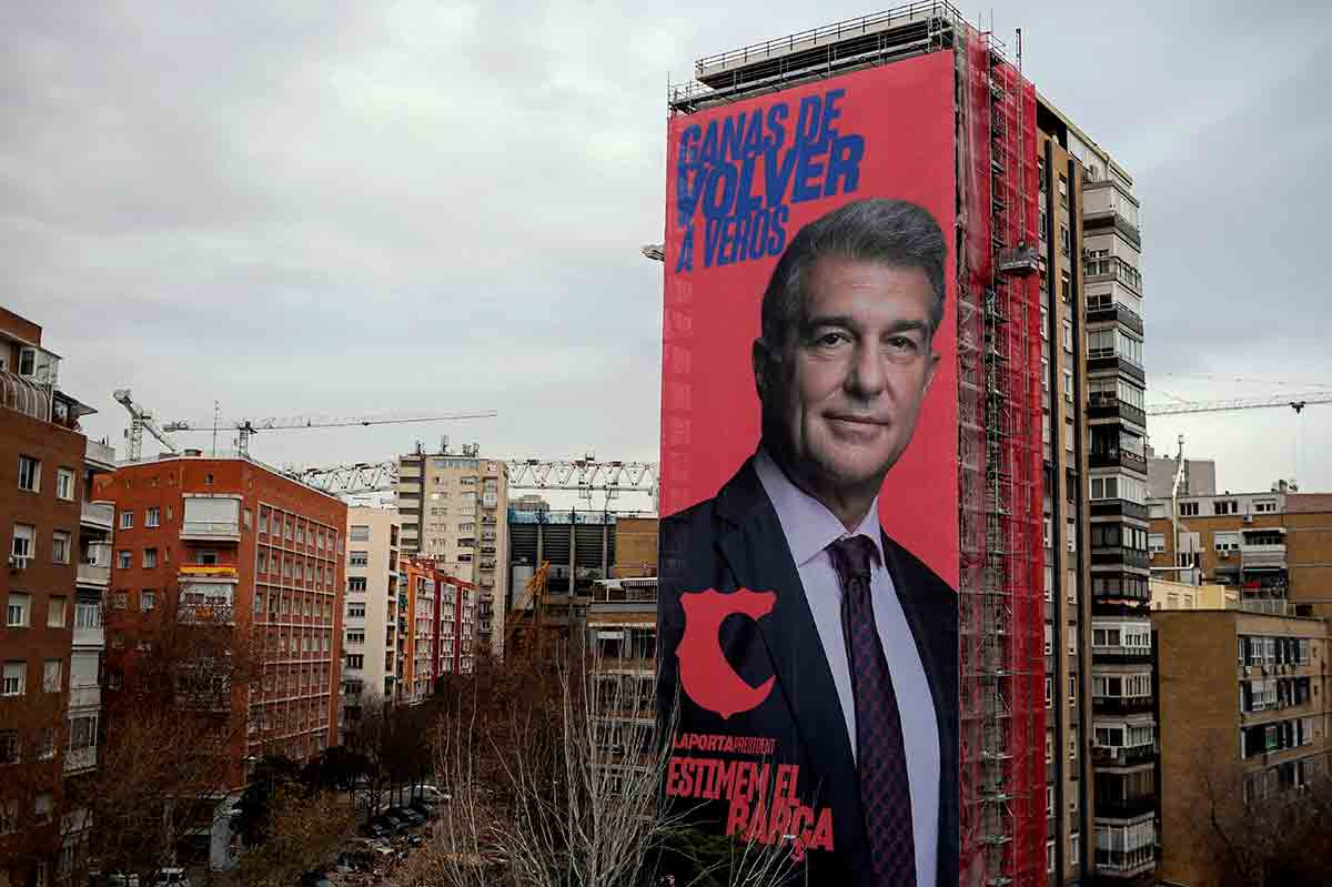 Laporta cartel Bernabéu