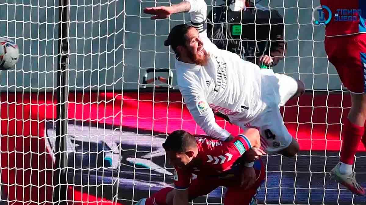 Agarrón a Ramos