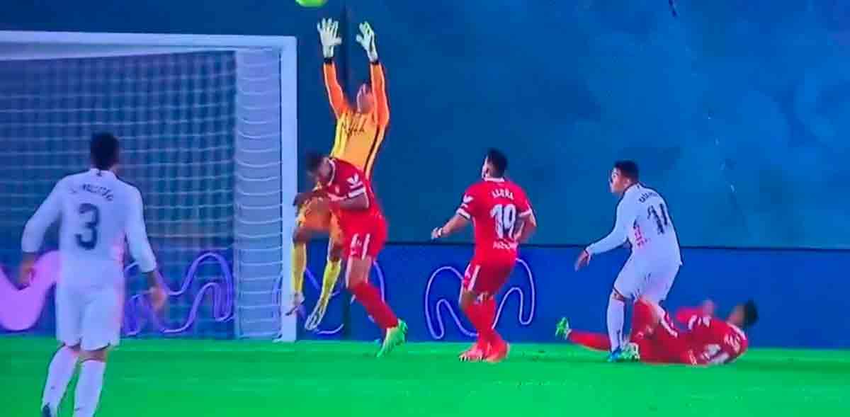 Casemiro penalti Sevilla