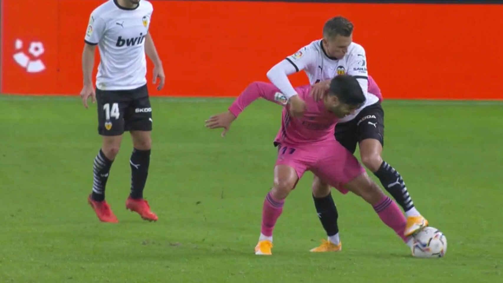 Falta a Asensio Valencia
