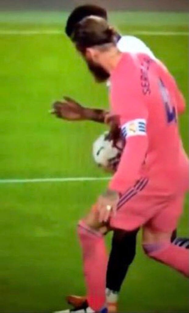 No penalti Ramos Valencia