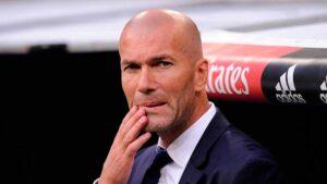 Zidane-pensando