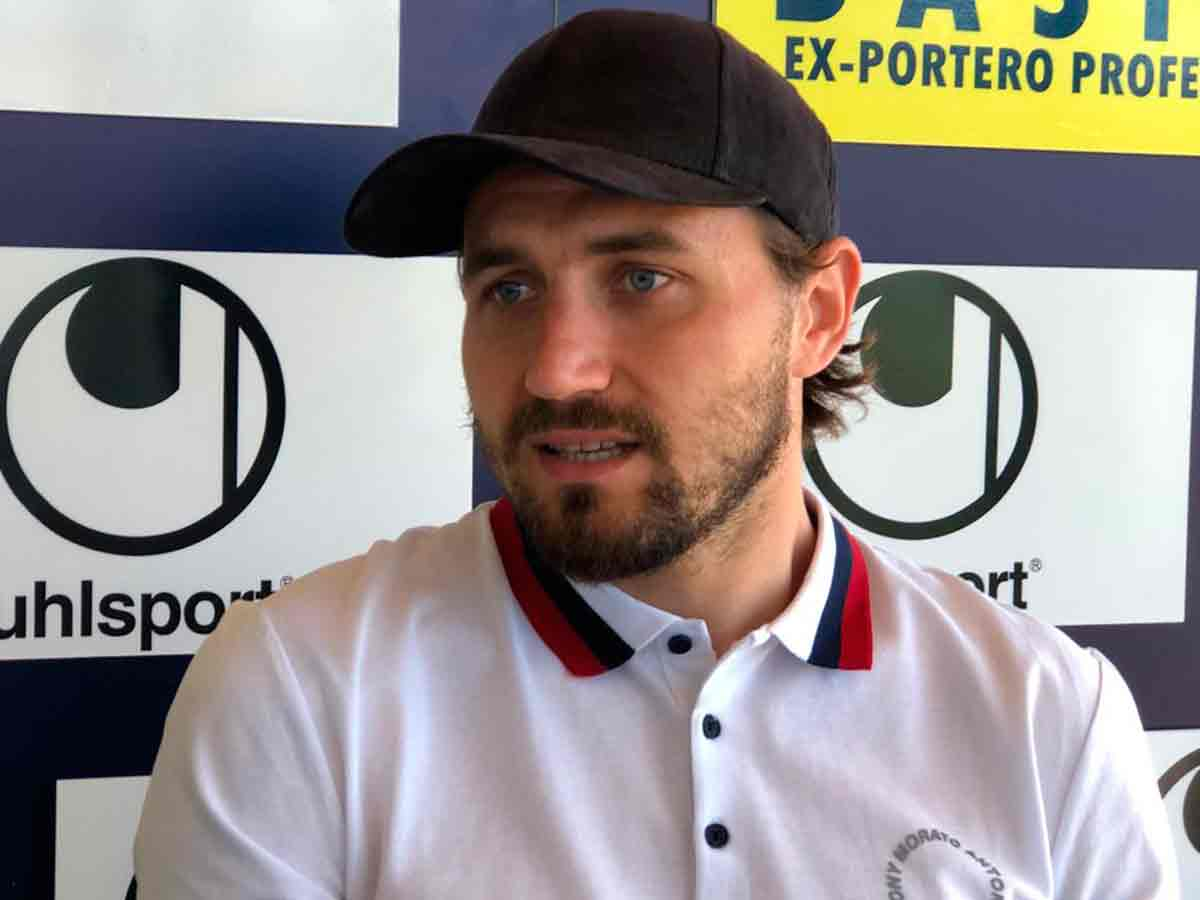 "Dimitrievski: ""Courtois es el mejor portero de la Eurocopa"""