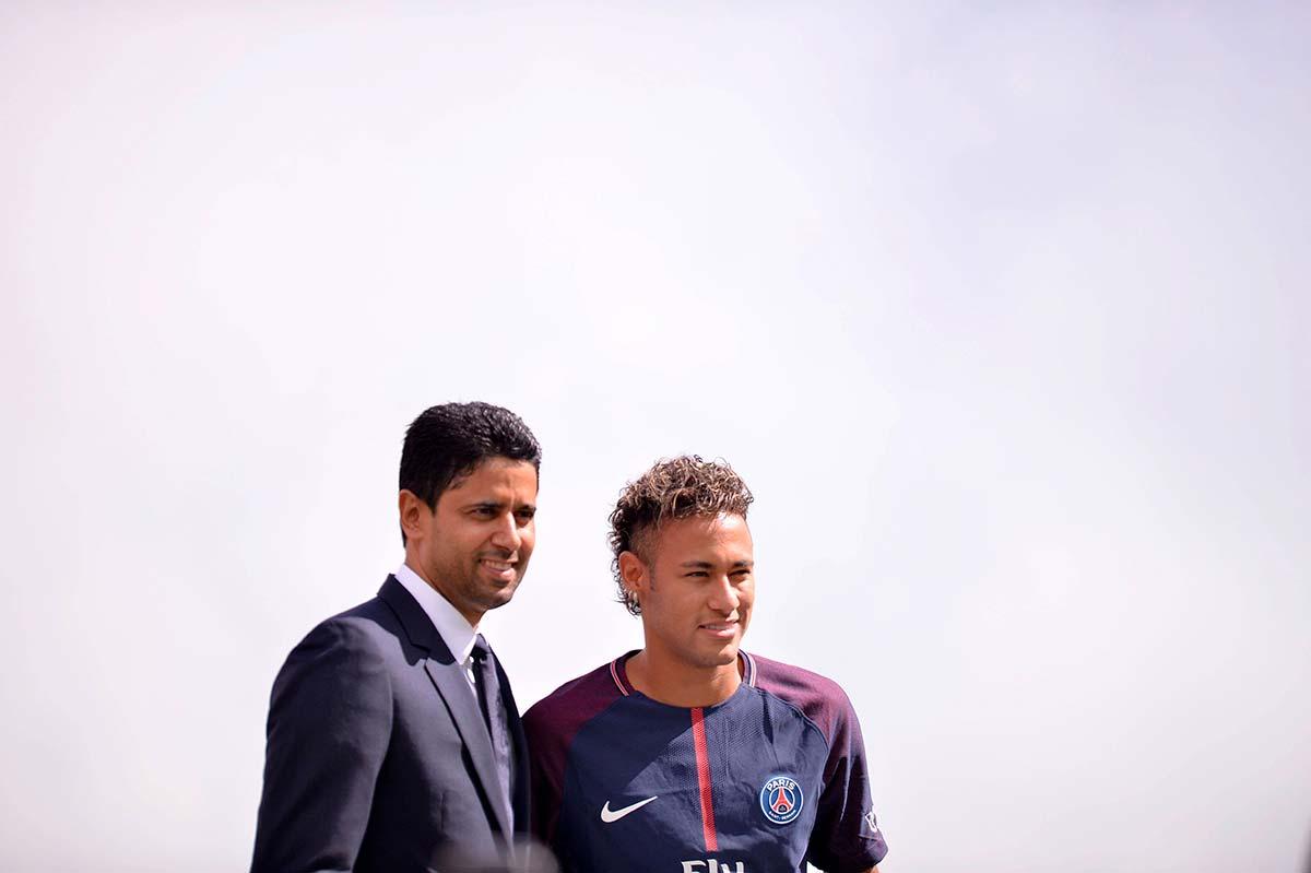 Nasser-Al-Khelaifi-y-Neymar