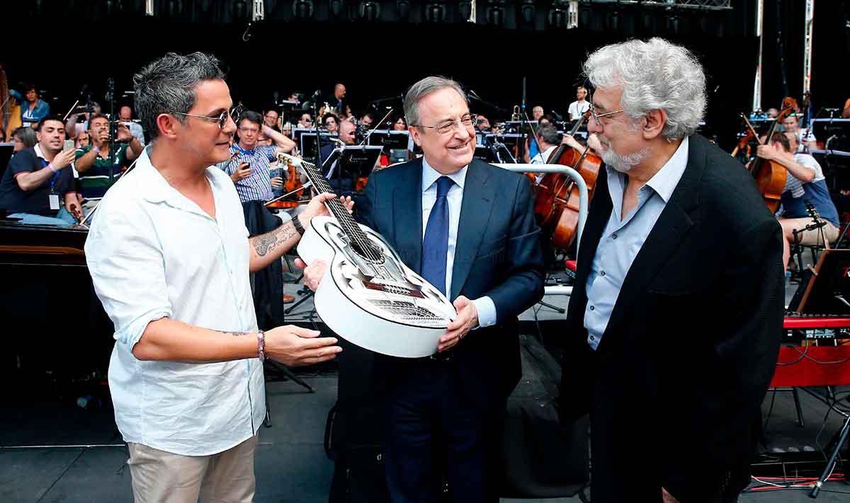 Plácido Domingo, Alejandro Sanz y Florentino Pérez