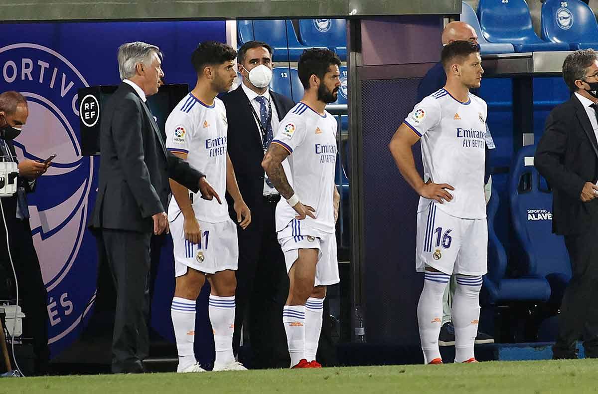 Ancelotti, Asensio, Isco y Jovic
