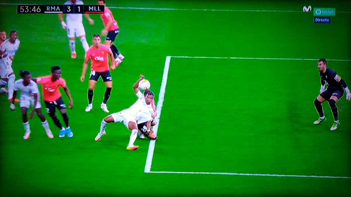 Penalti a Rodrygo Mallorca